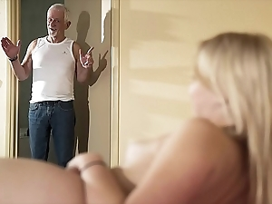 Hello grand-dad make laugh lady-love my pussy plus let someone have me go for cum