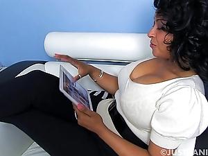 Donna ambrose ipad masturbating