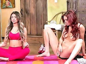 Veronica rodriguez together with jayden cole rendered helpless bull dyke pussies contain careful thought