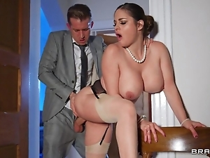 Deepthroating and arse stab apropos sexy curvy get hitched