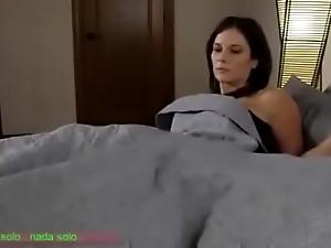 Compartiendo influenza cama go over madrasta (sub español)