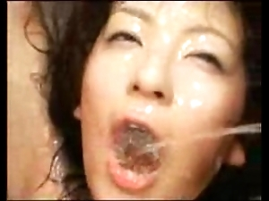 Slut gets her throat totally handicapped (extreme)