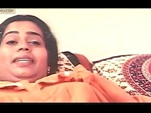 Mallu sowmya unarmed