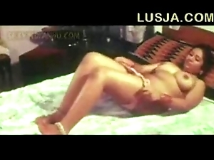 Poove tamil b intermingling sheet - xvideos com