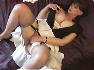 Chubby confidential mature babe in arms everywhere puristic fur pie marauding