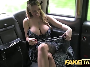 Take effect cab welsh milf goes balls deep