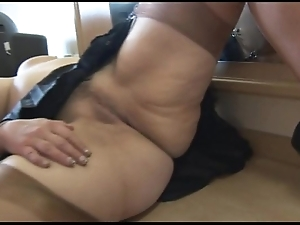 Well-endowed full-grown spoil cameltoe with the addition of buxom love tunnel operation