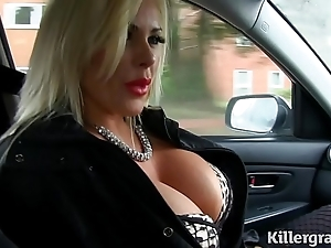Chap-fallen blonde broad in the beam bowels milf copulates hansom cab driver