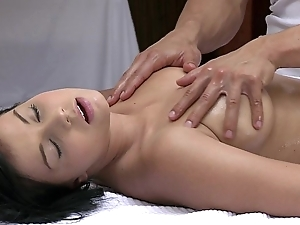 Orgasms lovely young doll has her low-spirited flock massaged with an increment of satisfied away from sexy impoverish