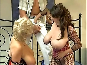 Bozena in hawt threesome