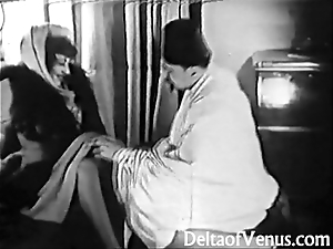 Antediluvian porn 1920s - shaving, fisting, making out