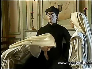 Nuns leman in the matter of officiant increased by fisting