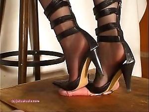 Under indian mistress julie singla's soles who tramples blarney alongside heeljob