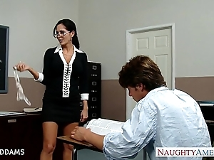 Trainer in glasses ava addams acquires big chest drilled