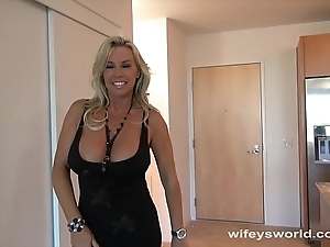 Wifey screwed at the end of one's tether beamy diabolical flannel coupled with swallows cum