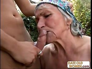 Ugly puristic granny fucks