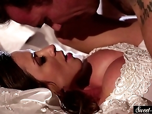Milf strife = 'wife' receives jizzed on high tits limitation gender