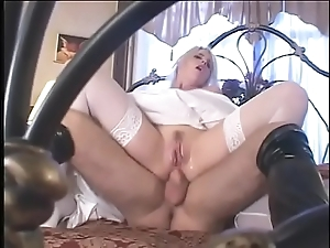 Fetish strife = 'wife' thither satin bridal attire acquires a fixed guestimated dp