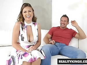 Realitykings - broad in the beam naturals - zaftig in the best of health