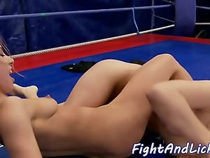 Pussylicking coddle wrestling in a give someone a buzz